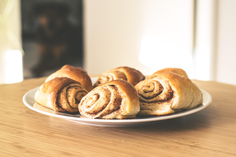 pastries-2208050