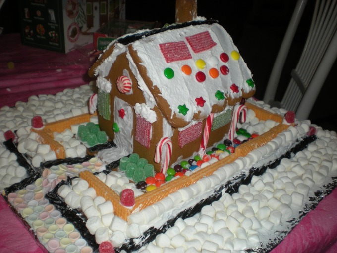 gingerbread-house-196461